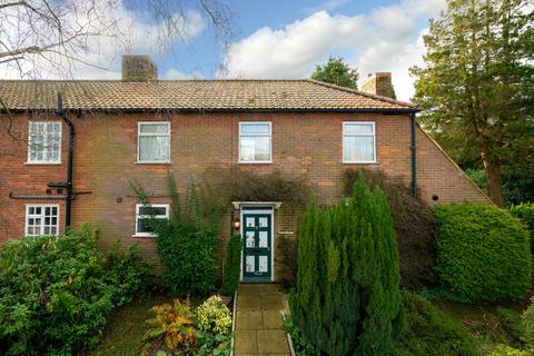 3 bedroom semi-detached house for sale - Vicarage Road, Potten End, Berkhamsted HP4