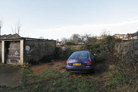Garage to rent - Parking at Wilbury Avenue, Hove