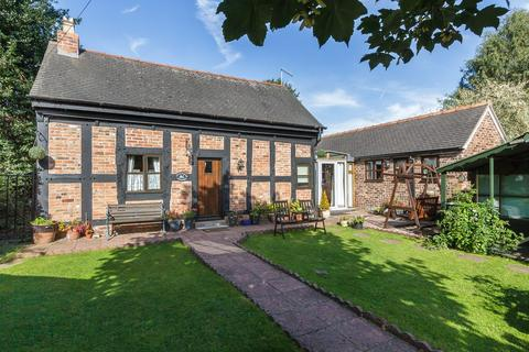 2 bedroom detached house for sale - Wrenbury, Cheshire