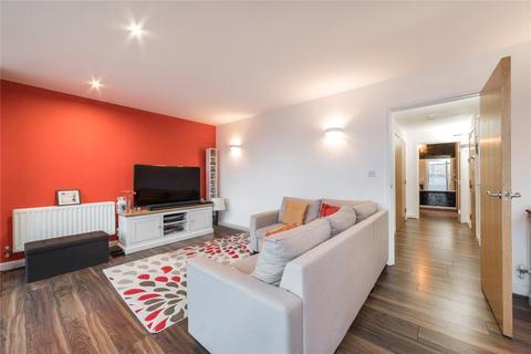 2 bedroom flat for sale - Elektron Tower, 12 Blackwall Way, London