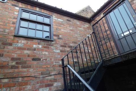 2 bedroom flat to rent - Aswell Street, Louth, LN11 9BA