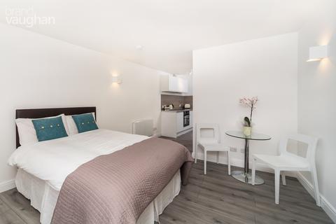 Studio to rent - St Annes Court, Howard Place, Brighton, BN1