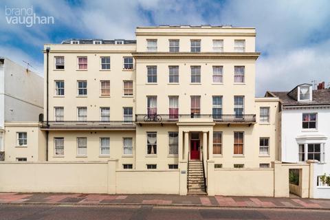 Studio to rent - St Annes House, 49 Buckingham Place, Brighton, BN1