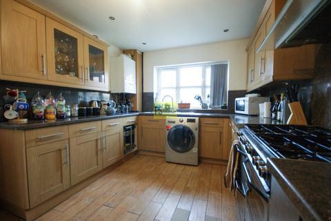5 bedroom end of terrace house to rent - Herbert Road, Birmingham - Student property