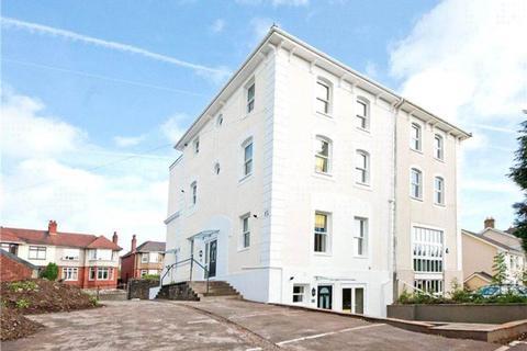 8 bedroom block of apartments for sale - Gold tops, Newport,