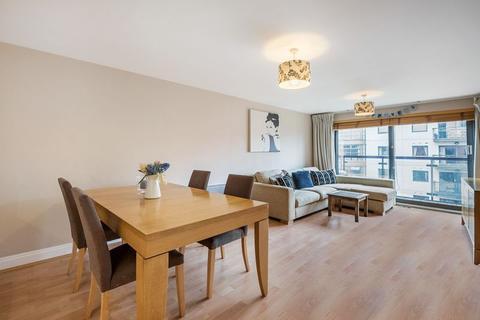 2 bedroom flat to rent - Dolben Court , Westminster