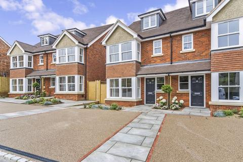 4 bedroom semi-detached house for sale - Silverdale Road, Tunbridge Wells