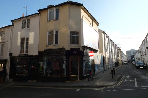 3 bedroom maisonette to rent - Trafalgar Street, Brighton BN1 4ED