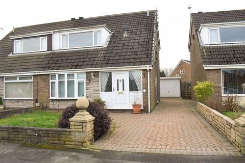 3 bedroom semi-detached house for sale - Tiverton Avenue, Leigh