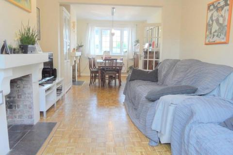 4 bedroom semi-detached house to rent - Whinyates Road, London, SE9