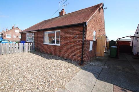 1 bedroom semi-detached bungalow to rent - Bempton Drive, Bridlington, East Yorkshire, YO16
