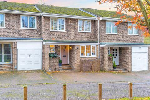 4 bedroom house for sale - Tanners Crescent, Hertford