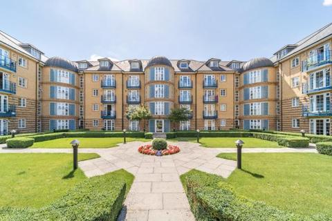 2 bedroom flat for sale - Newland Gardens, Hertford