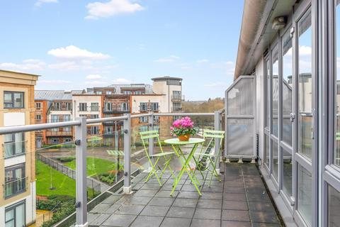 2 bedroom flat for sale - Elder Court, Hertford