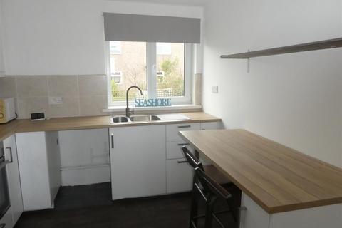 2 bedroom flat to rent - White Grove, West Cross, Swansea