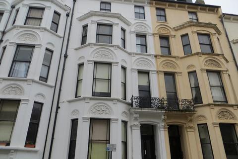 3 bedroom flat to rent - Cambridge Road, Hove