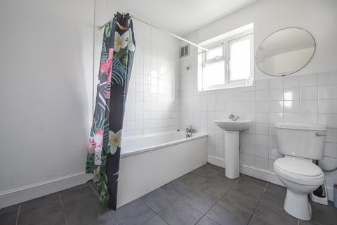 3 bedroom house to rent - Horsmonden Road Brockley SE4