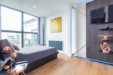 2 bedroom flat for sale - HOUGHTON SQUARE, SW9