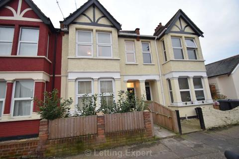 1 bedroom house share to rent - Westborough Road, Westcliff On Sea