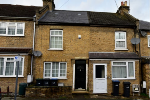 2 bedroom terraced house to rent - Hillside Grove N14
