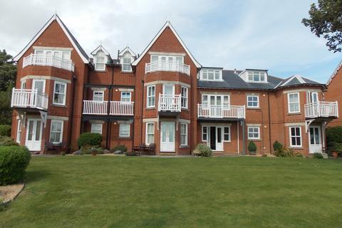 2 bedroom apartment to rent - Beach Place, Felixstowe