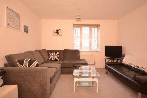 2 bedroom ground floor flat to rent - Kew House The Boulevard PO20