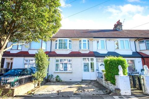 4 bedroom terraced house to rent - Princes Avenue, Palmers Green, N13