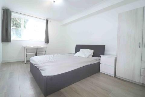 1 bedroom flat to rent - Anthony Court, Penge