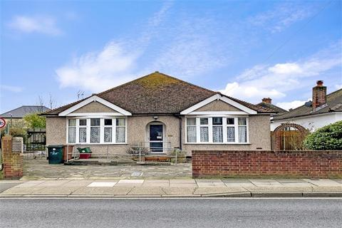 3 bedroom detached bungalow for sale - Westwood Lane, Welling, Kent