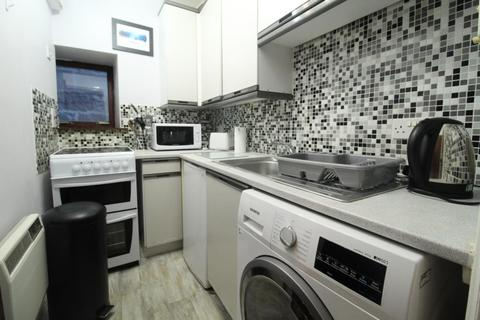 2 bedroom flat to rent - Crown Terrace, Flat , AB11