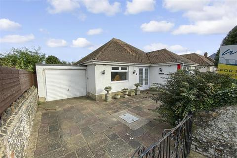2 bedroom detached bungalow for sale - St. Mildreds Avenue, Birchington, Kent