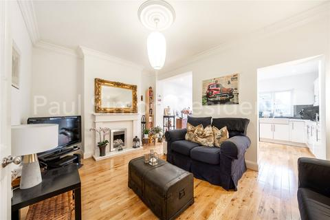 2 bedroom terraced house for sale - Princes Avenue, Palmers Green, London, N13