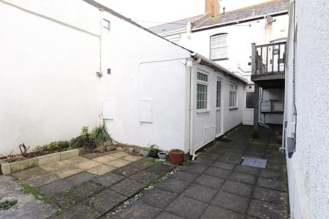 Studio for sale - Burn View, Bude