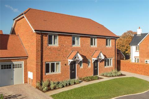 3 bedroom end of terrace house for sale - Elizabeth Meadows, Ramsdean Road, Stroud, Hampshire, GU32