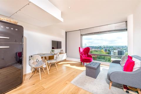 1 bedroom flat to rent - Parliament View, 1 Albert Embankment, Lambeth, London, SE1