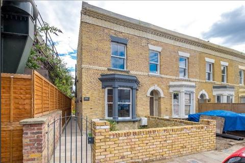 3 bedroom end of terrace house for sale - Lilford Road, London