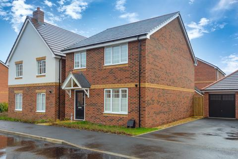 4 bedroom detached house for sale - Barton Drive, Knowle