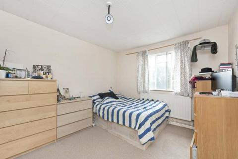 2 bedroom apartment to rent - Southey Road, London, SW9