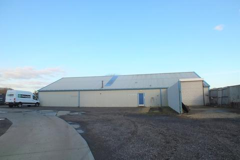 Industrial unit to rent - Stephenson Avenue, Spalding