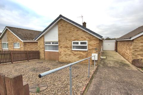 2 bedroom detached bungalow for sale - Alton Road, Bridlington