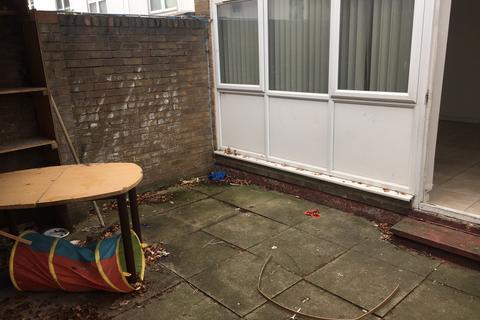 4 bedroom terraced house to rent - Grovelands Road, London N15