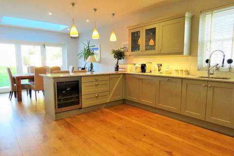 4 bedroom terraced house for sale - Falmouth Road, Truro