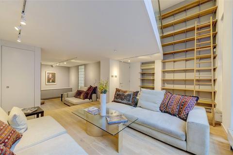 4 bedroom mews for sale - Ormond Yard, St James's, London, SW1Y