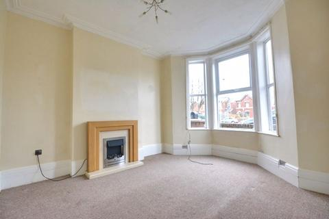 2 bedroom semi-detached house for sale - Hawthorne Grove, Southport