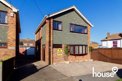 4 bedroom detached house for sale - Seathorpe Avenue, Minster on Sea