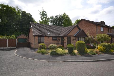 3 bedroom detached bungalow for sale - Pendine Close, Callands, Warrington