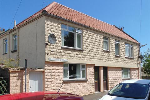 2 bedroom semi-detached house to rent - Blakewell Gardens, Tweedmouth, Berwick-Upon-Tweed