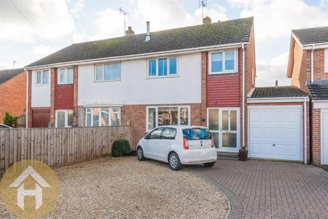 3 bedroom semi-detached house for sale - New Road, Royal Wootton Bassett SN4 7