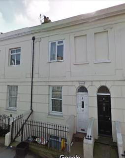 6 bedroom terraced house to rent - Viaduct Road, Brighton