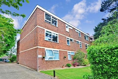 1 bedroom ground floor flat for sale - Blackborough Road, Reigate, Surrey